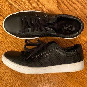 EUC Keds Leather Sneakers, Black
